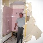Mat demoling bathroom